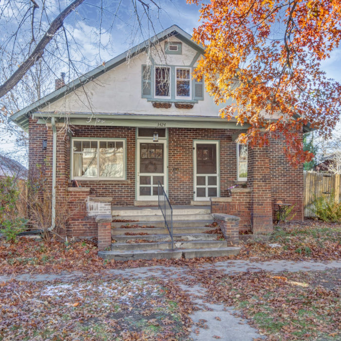 LISTING: 3424 W 40th Ave