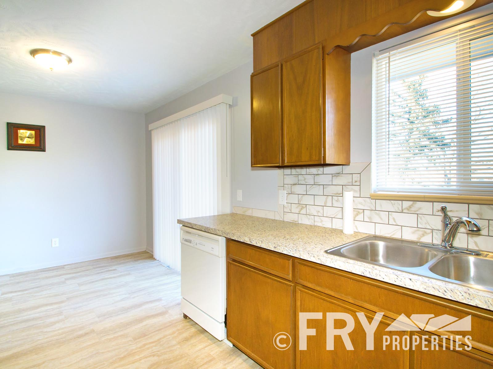 Rental 941 W 79th Pl Fry Properties