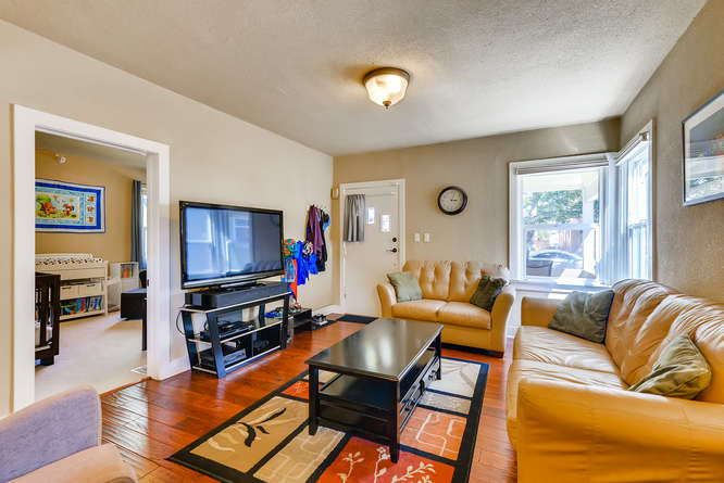 4223 Stuart St Denver CO 80212-small-006-16-Living Room-666x445-72dpi