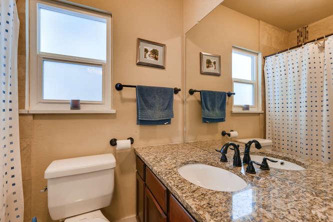 4223 Stuart St Denver CO 80212-small-024-11-Bathroom-666x445-72dpi