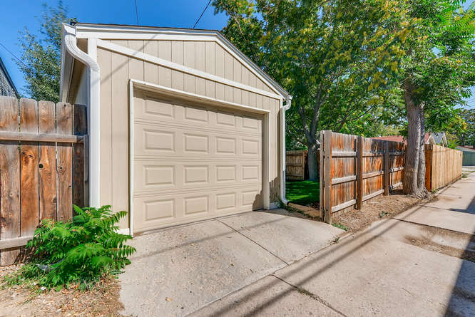 4223 Stuart St Denver CO 80212-small-028-27-Garage-666x445-72dpi