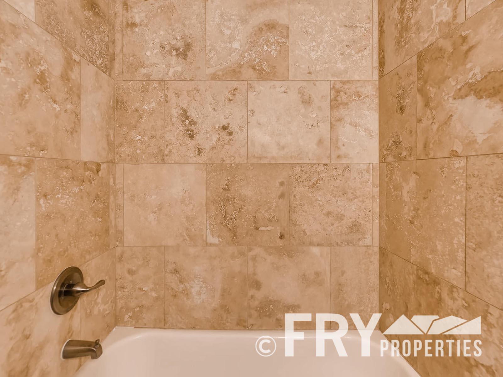 2808 S Delaware Street-large-017-15-Master Bathroom-1499x1000-72dpi