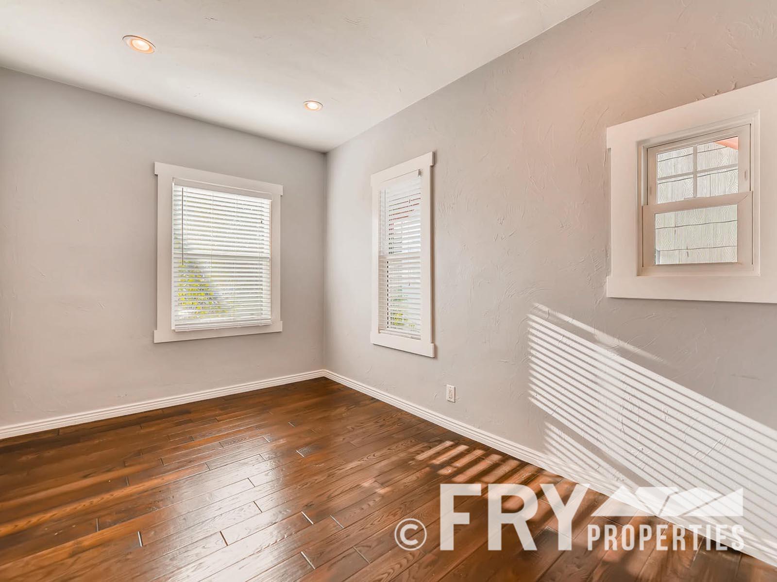 2808 S Delaware Street-large-019-13-Bedroom-1499x1000-72dpi
