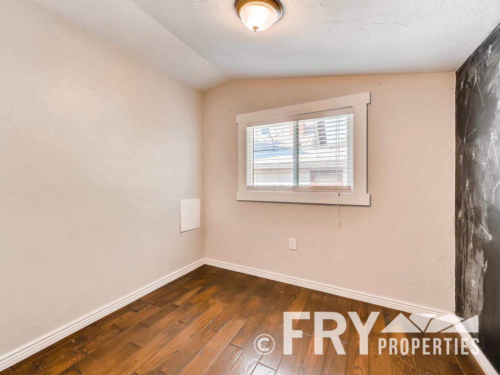 2808 S Delaware Street-large-024-27-Bedroom-1499x1000-72dpi