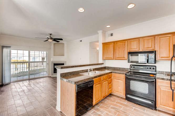 10165 E Carolina Pl 102 Denver-small-013-7-Kitchen-666x444-72dpi