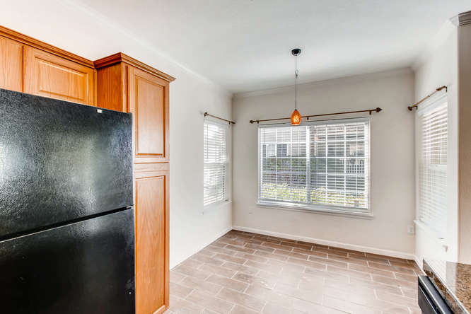 10165 E Carolina Pl 102 Denver-small-015-6-Kitchen-666x444-72dpi