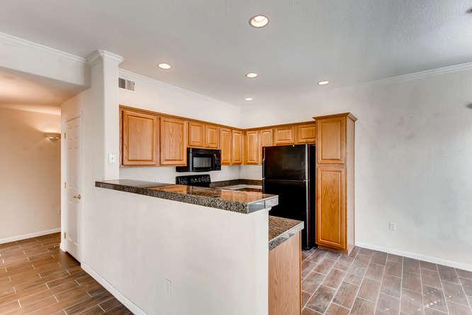 10165 E Carolina Pl 102 Denver-small-016-21-Kitchen-666x444-72dpi