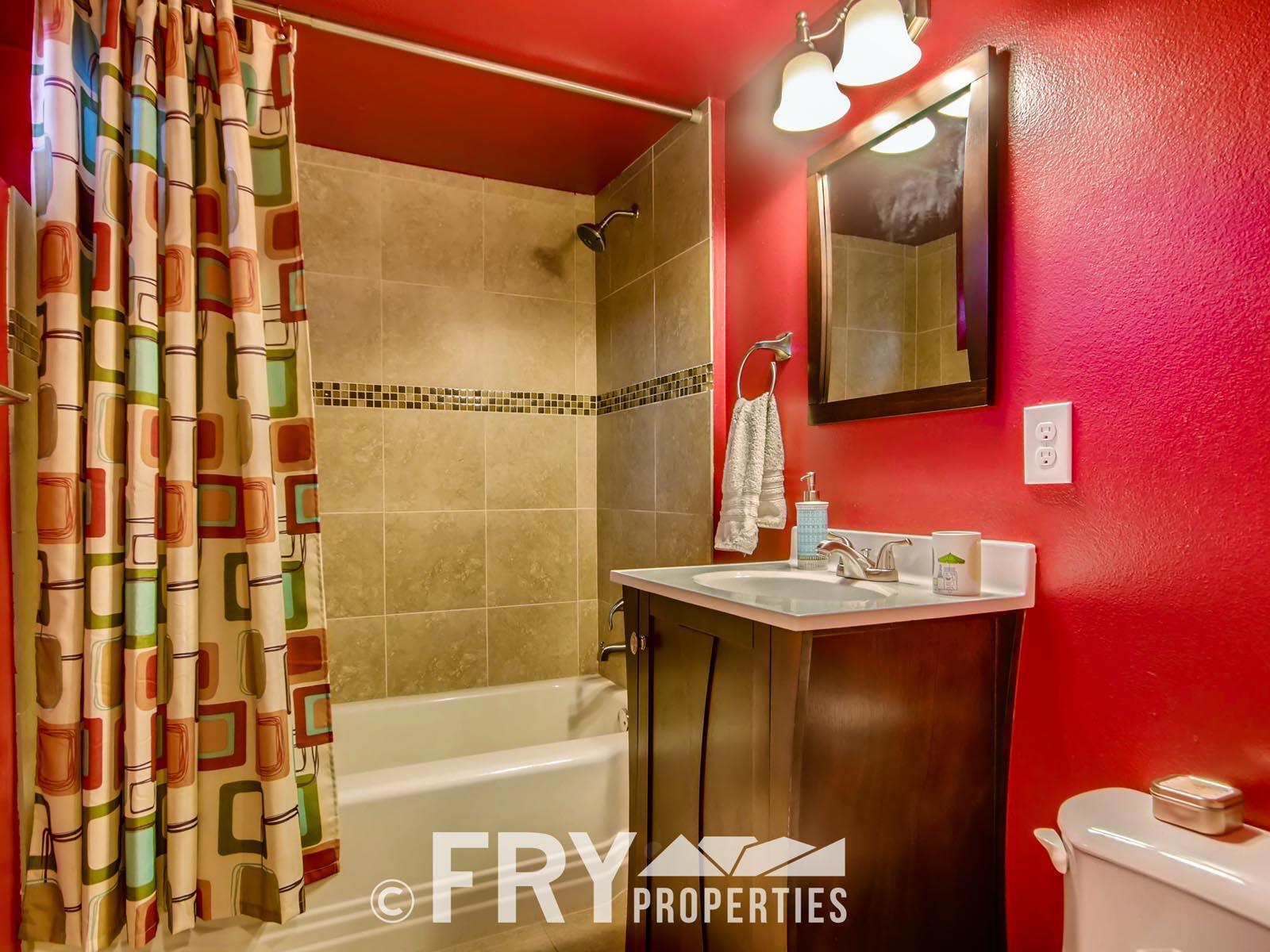4601 Eliot St Denver CO 80211-print-021-21-Lower Level Bathroom-3600x2400-300dpi