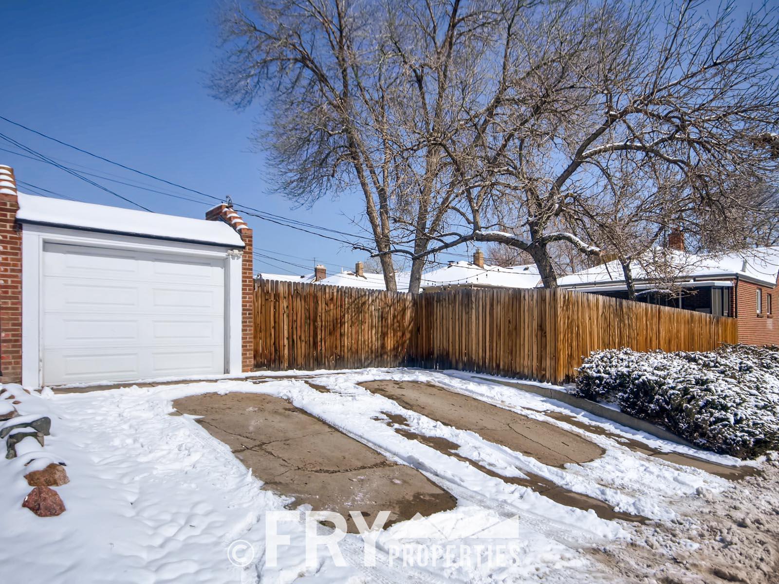 4601 Eliot St Denver CO 80211-print-026-26-Garage-3600x2398-300dpi