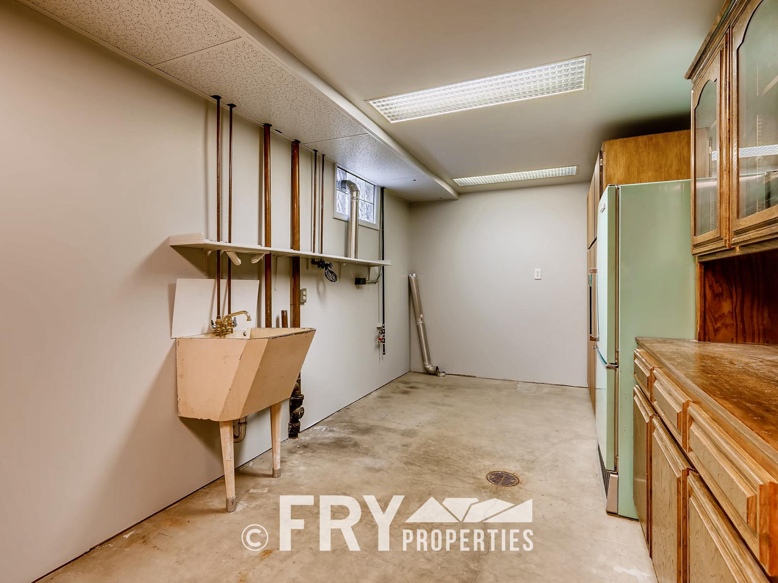 961 W 79th Place Denver CO-print-023-22-Lower Level Laundry Room-3600x2400-300dpi