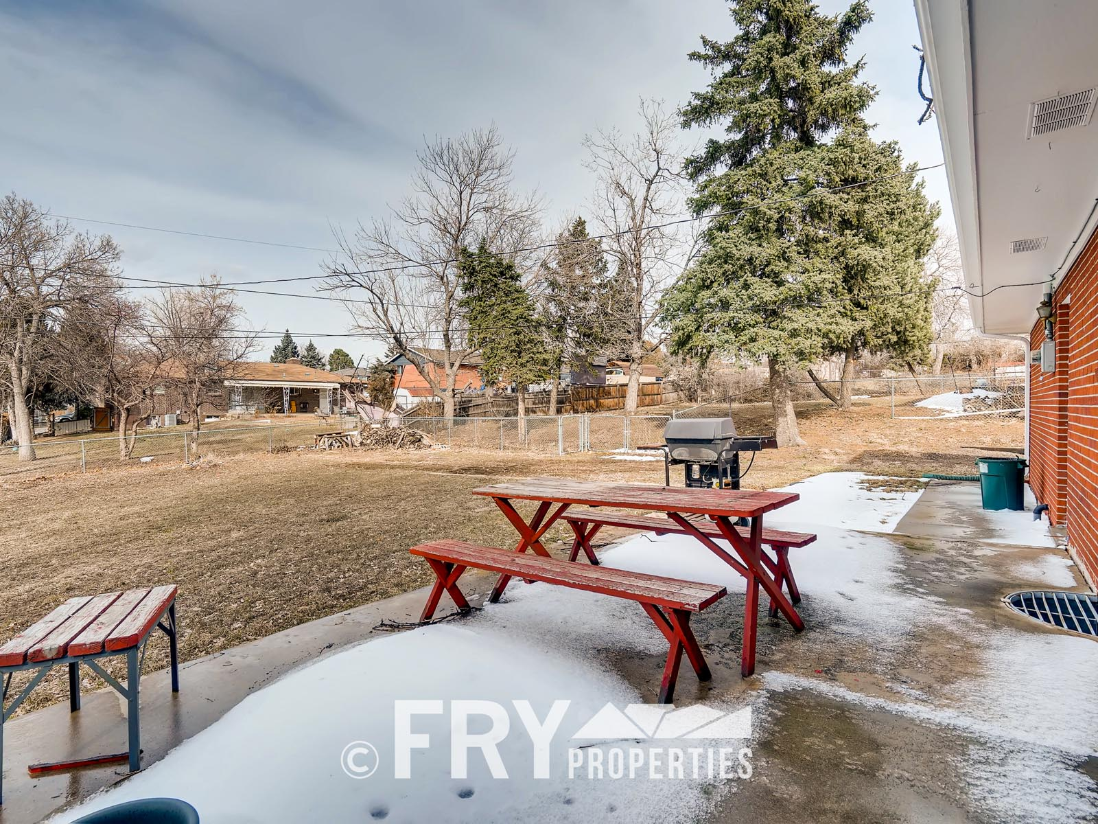 961 W 79th Place Denver CO-print-024-27-Patio-3600x2400-300dpi