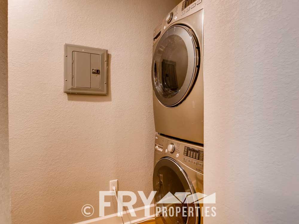 610 Logan Street 11 Denver CO-large-011-8-Laundry Room-1500x1000-72dpi_1