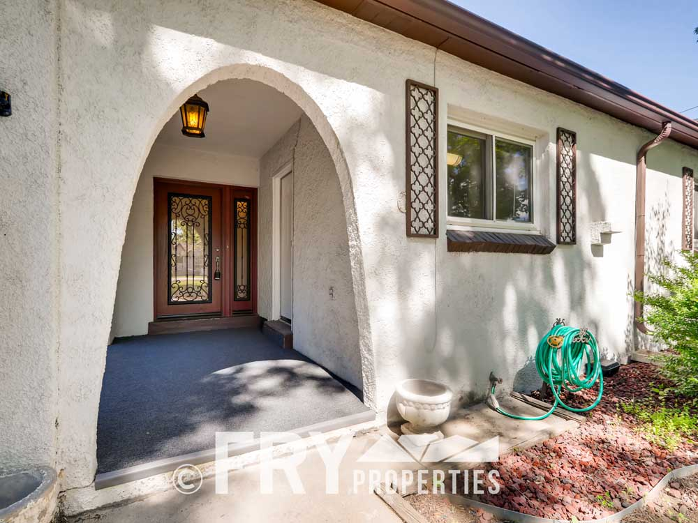 1121 Carr Street Lakewood CO-print-002-003-Exterior Front Entry-3600x2400-300dpi