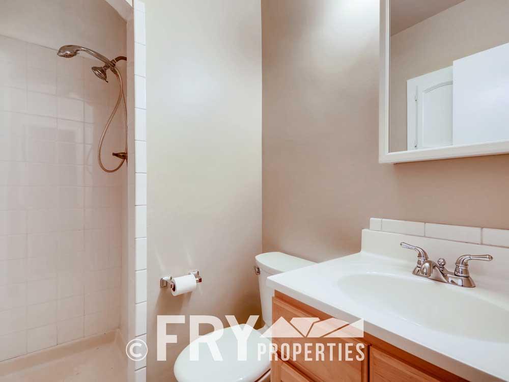 1121 Carr Street Lakewood CO-print-016-015-Master Bathroom-3600x2400-300dpi