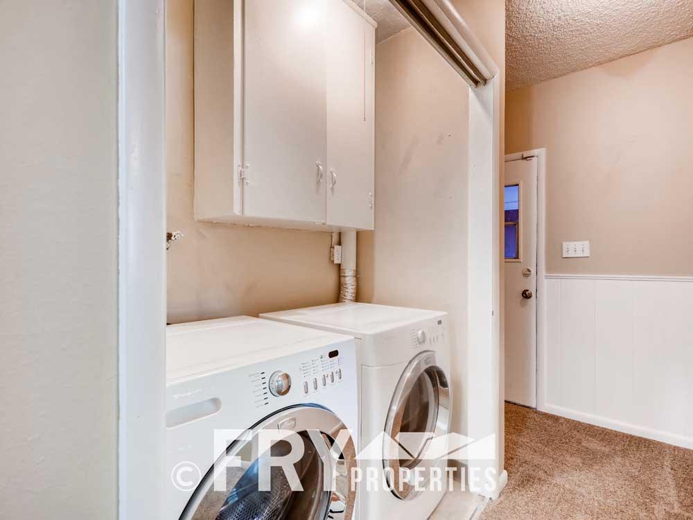 1121 Carr Street Lakewood CO-print-021-020-Laundry Room-3600x2400-300dpi