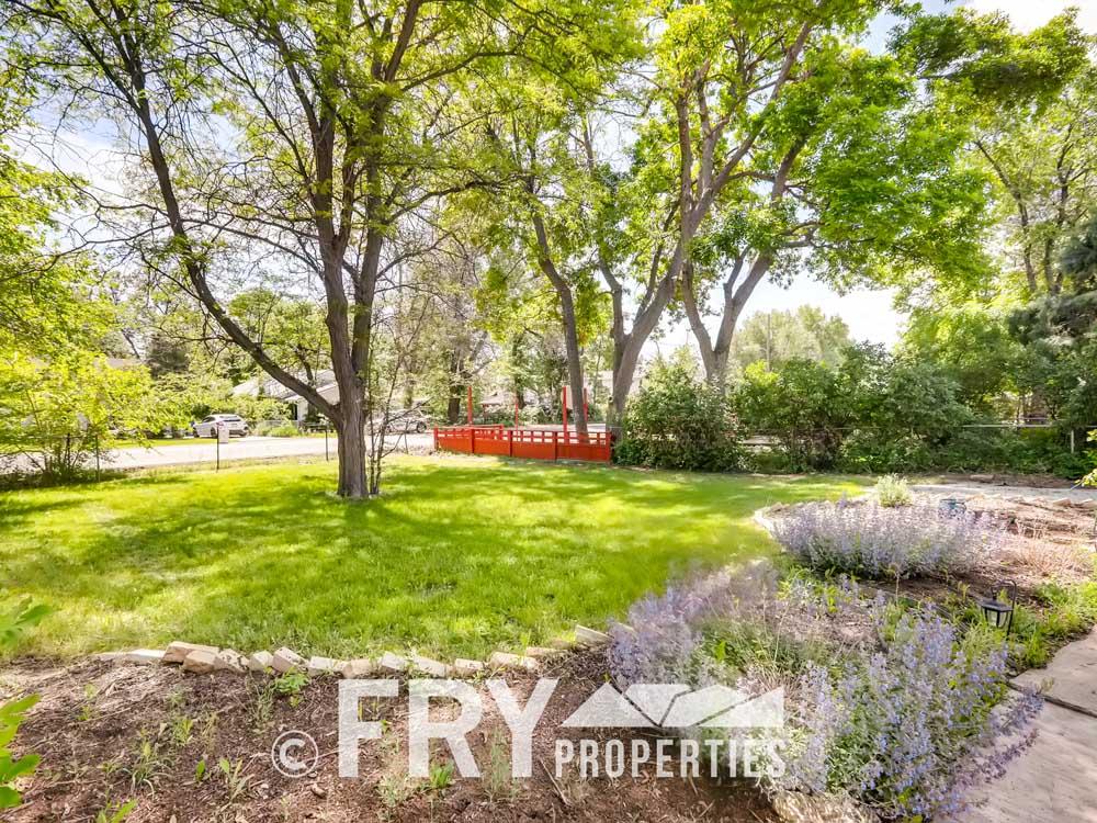 1121 Carr Street Lakewood CO-print-026-022-Garden-3600x2400-300dpi