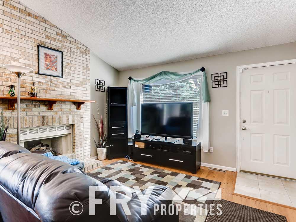 18979 E Mercer Drive Aurora CO-print-004-001-Living Room-3600x2400-300dpi