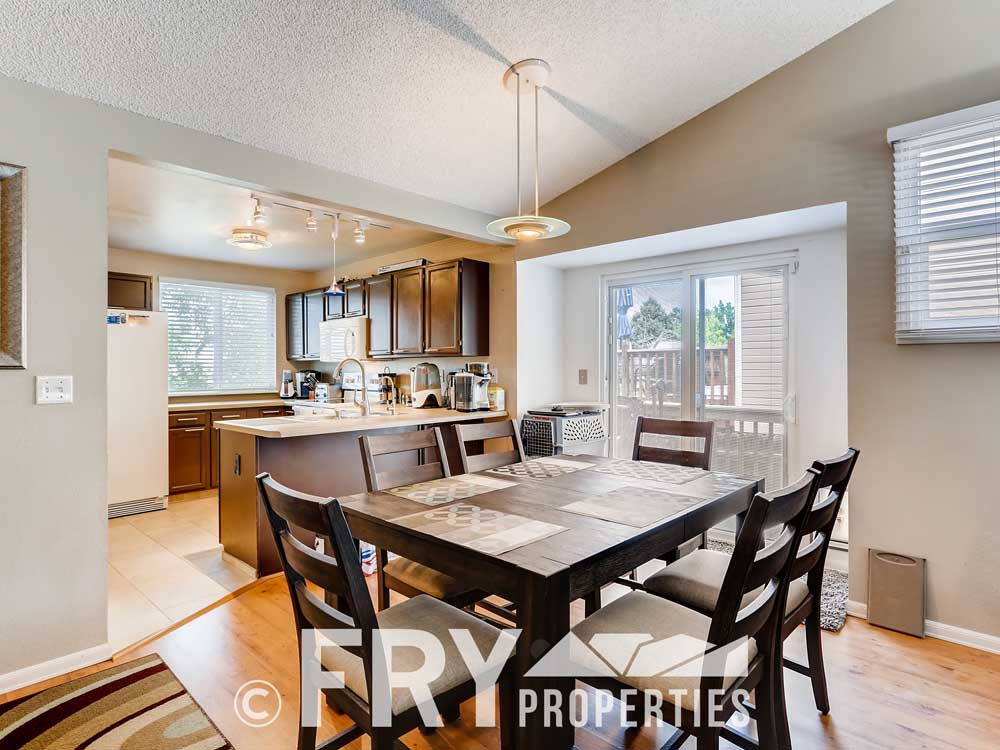 18979 E Mercer Drive Aurora CO-print-010-012-Breakfast Area-3600x2400-300dpi