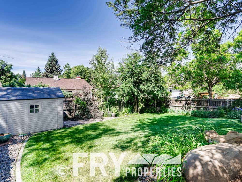 18979 E Mercer Drive Aurora CO-print-028-027-Back Yard-3600x2399-300dpi