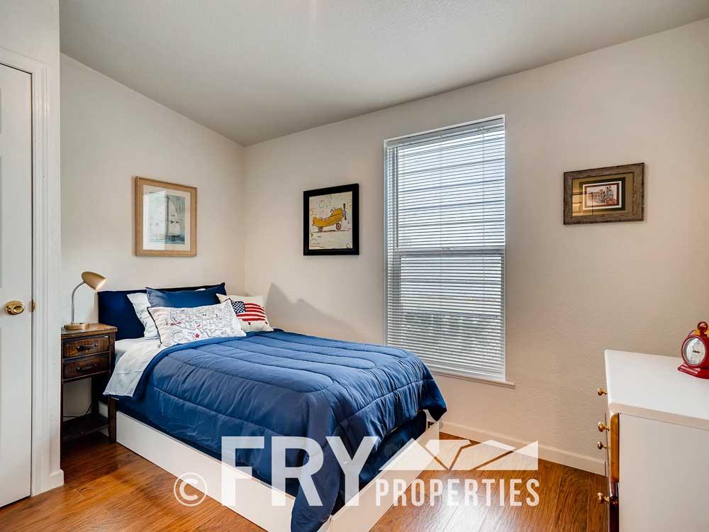 4305 Sherman Denver CO 80216-print-024-020-Bedroom-3600x2400-300dpi