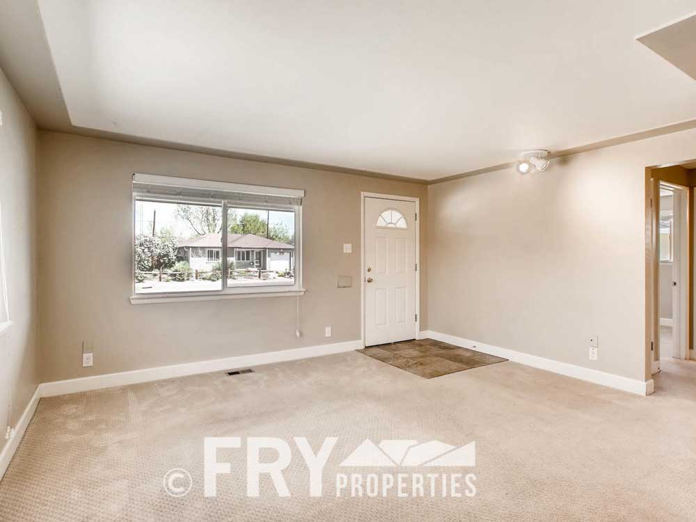 5510 Brentwood St Arvada CO-large-004-23-Living Room-1500x1000-72dpi