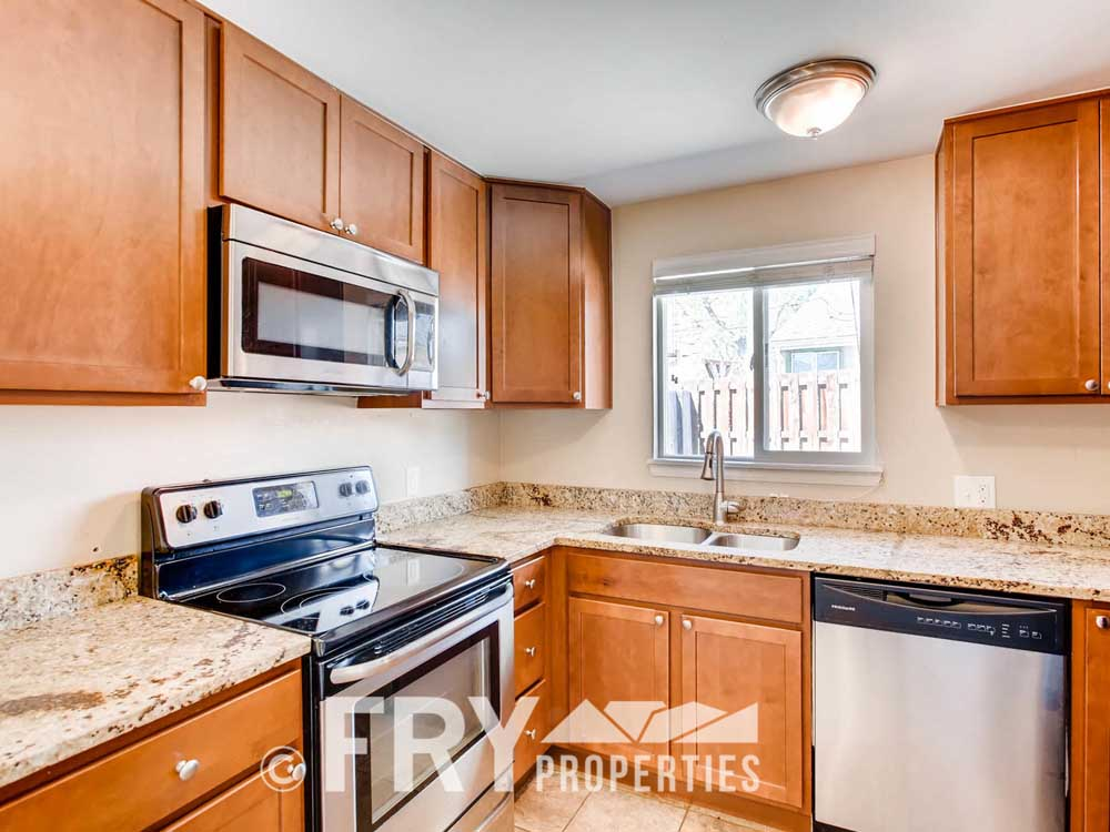 5510 Brentwood St Arvada CO-large-011-24-Kitchen-1500x1000-72dpi