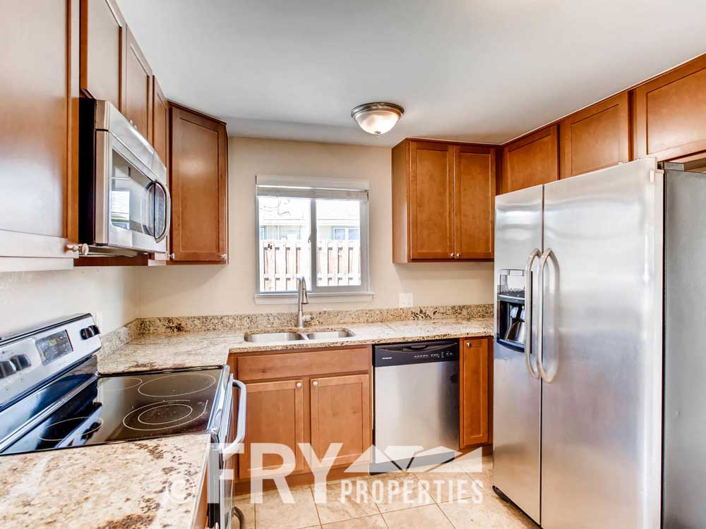 5510 Brentwood St Arvada CO-large-012-3-Kitchen-1500x1000-72dpi