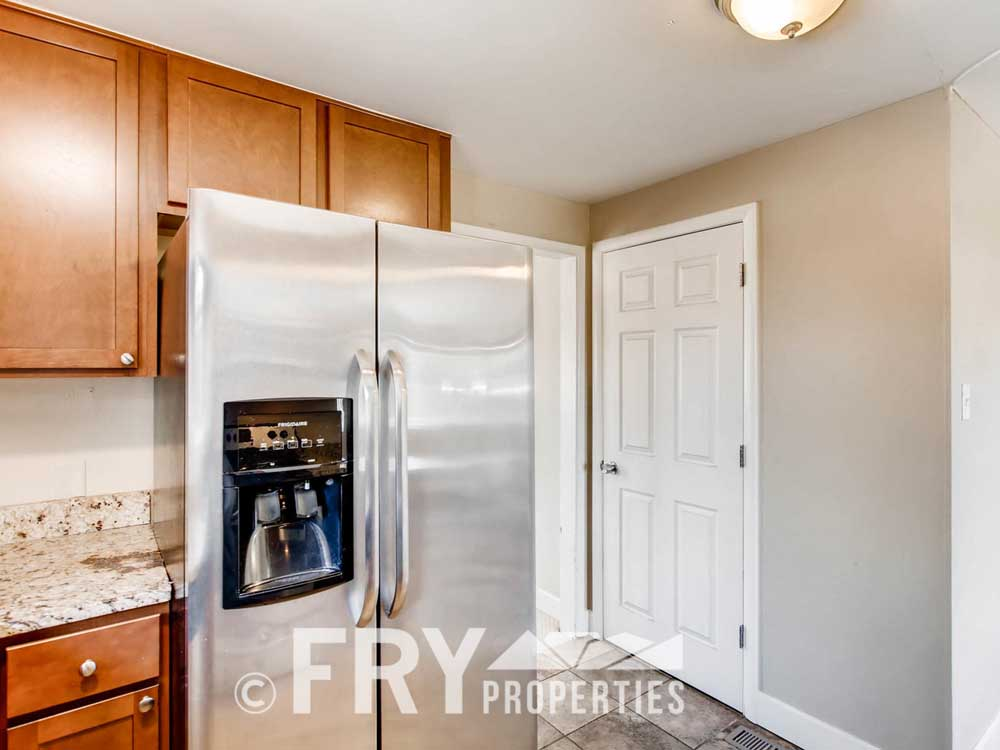 5510 Brentwood St Arvada CO-large-013-7-Kitchen-1500x1000-72dpi