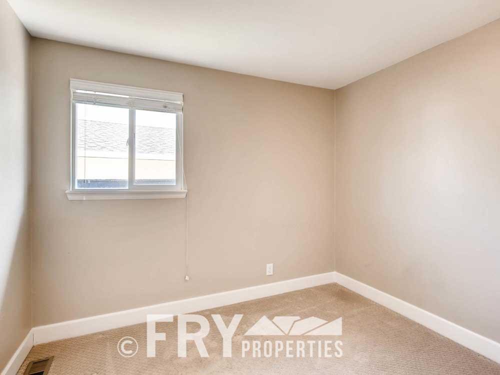 5510 Brentwood St Arvada CO-large-017-27-Bedroom-1500x1000-72dpi