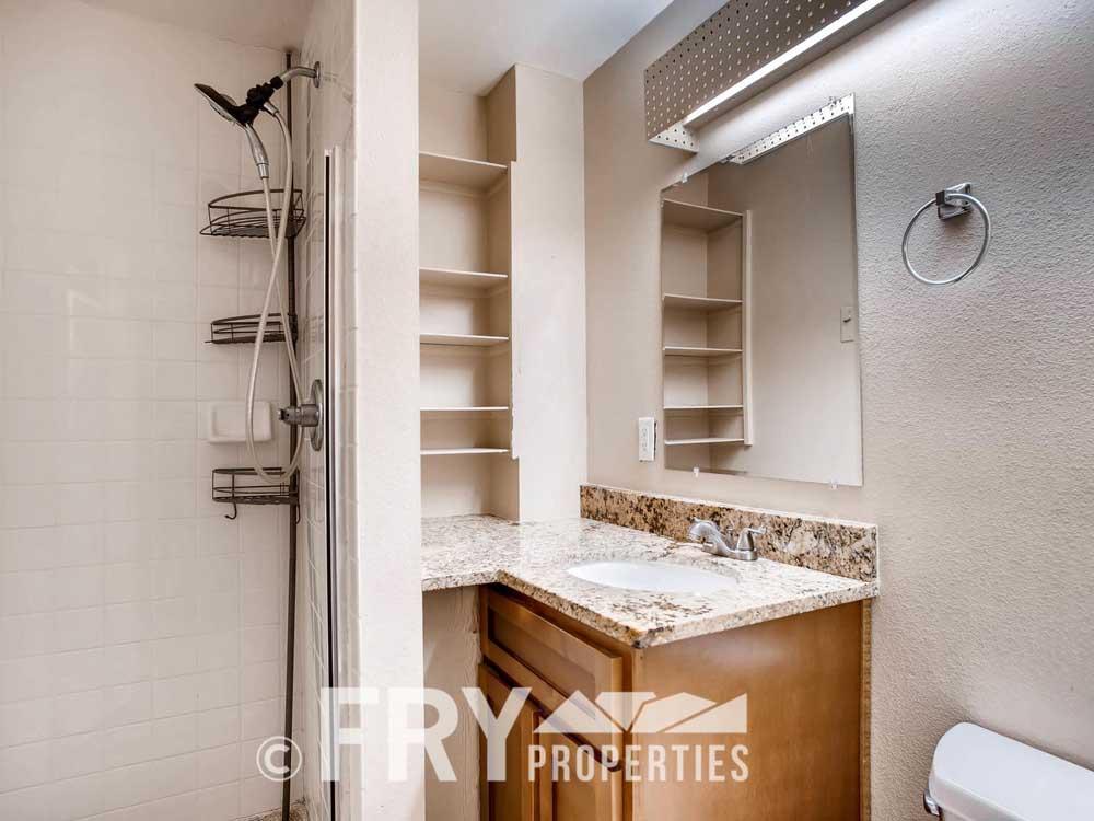 5510 Brentwood St Arvada CO-large-038-37-Bathroom-1498x1000-72dpi