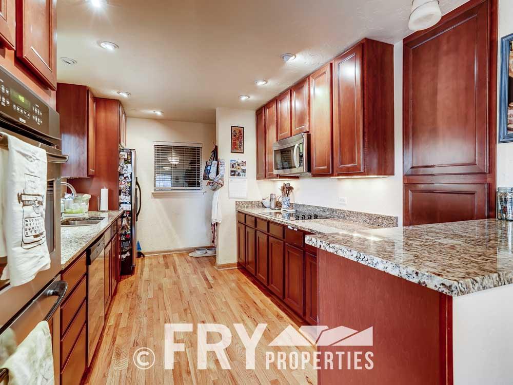 2807 W 46th Ave Denver CO-print-008-008-Kitchen-3600x2400-300dpi