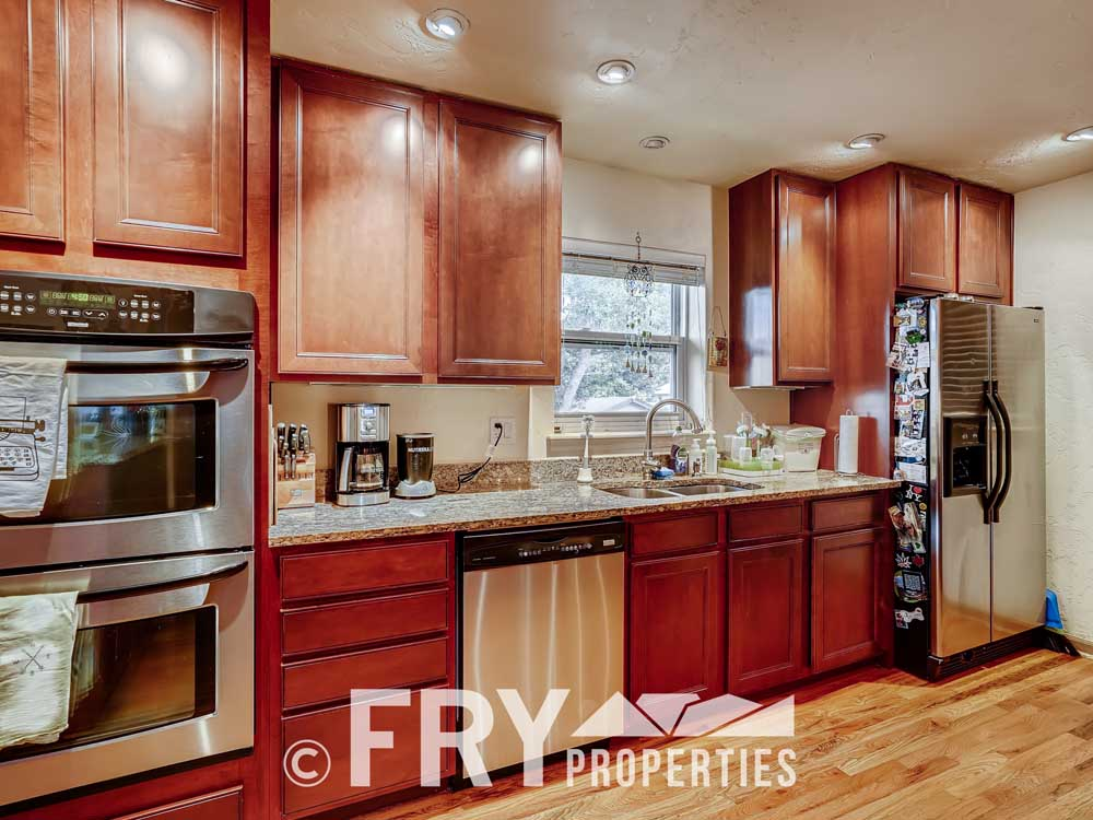 2807 W 46th Ave Denver CO-print-009-010-Kitchen-3600x2400-300dpi