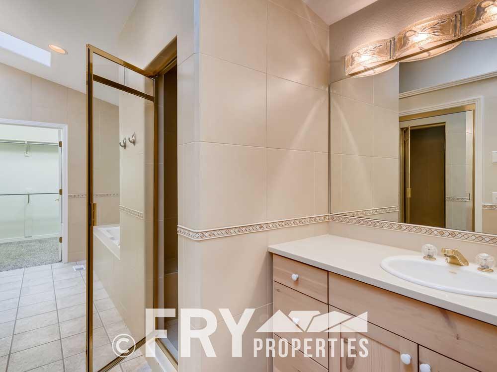 486 Jackson Street Denver CO-print-016-013-2nd Floor Master Bathroom-3600x2400-300dpi