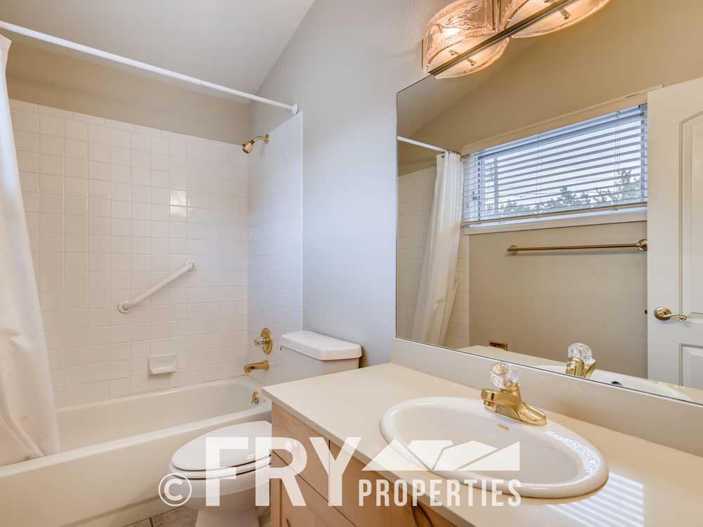 486 Jackson Street Denver CO-print-020-015-2nd Floor Bathroom-3600x2400-300dpi