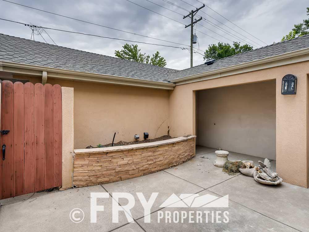 486 Jackson Street Denver CO-print-027-024-Courtyard-3600x2400-300dpi