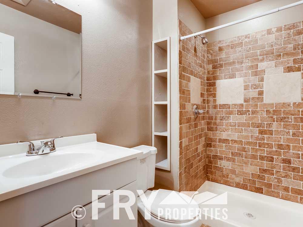 16129 E Rice Place Unit B-print-006-005-2nd Floor Master Bathroom-3600x2400-300dpi