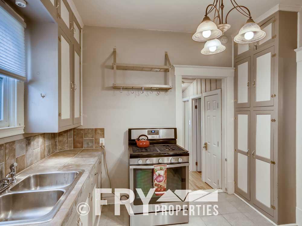 4350 Stuart Street Denver CO-print-006-016-Kitchen-3600x2400-300dpi
