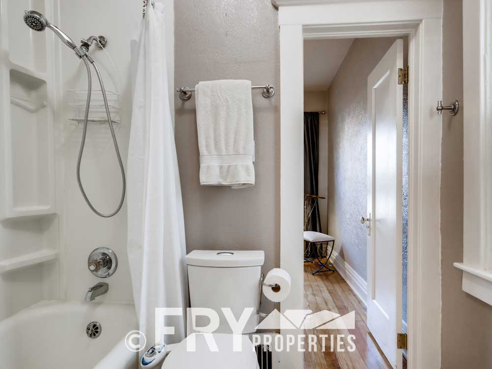 4350 Stuart Street Denver CO-print-012-007-Master Bathroom-3600x2400-300dpi