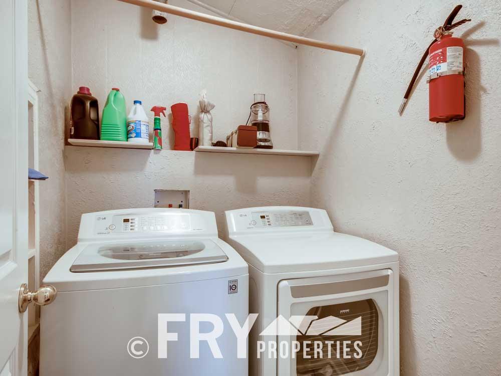 4350 Stuart Street Denver CO-print-015-010-Laundry Room-3600x2400-300dpi