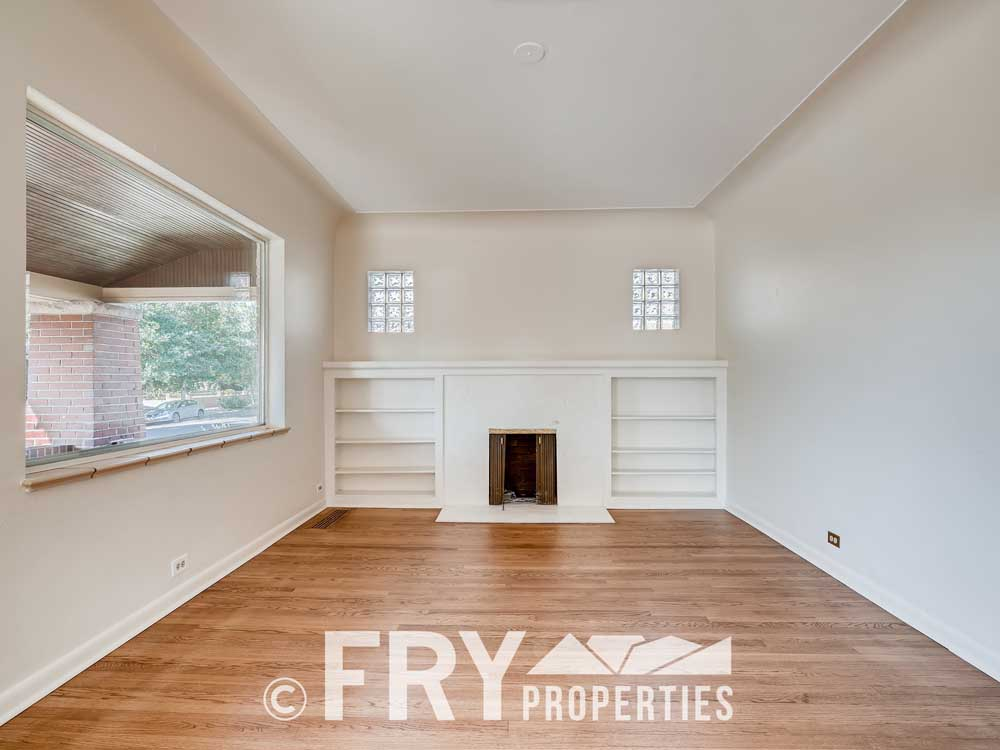 3031 W 40th Denver CO 80211-print-005-002-Living Room-3600x2397-300dpi