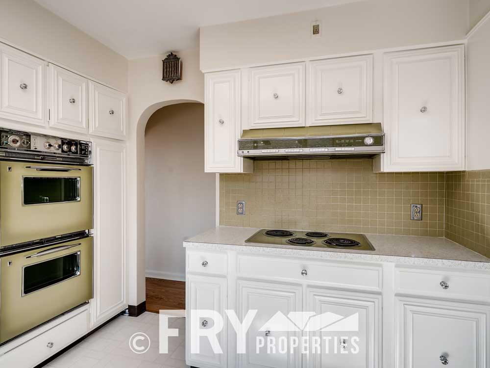 3031 W 40th Denver CO 80211-print-011-004-Kitchen-3600x2397-300dpi