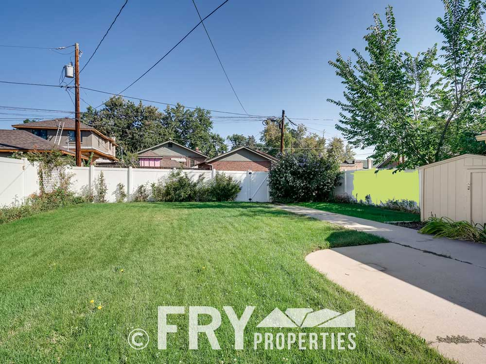 3031 W 40th Denver CO 80211-print-028-019-Back Yard-3600x2398-300dpi