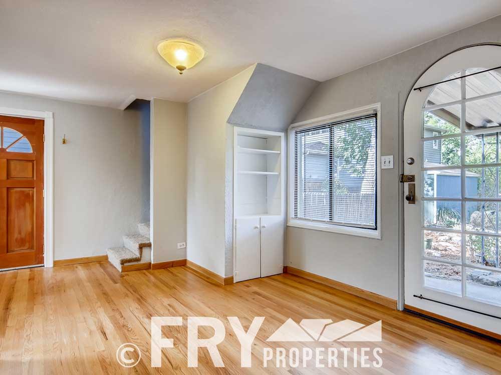 3070 W 35th Ave Denver CO-print-005-007-Living Room-3600x2400-300dpi