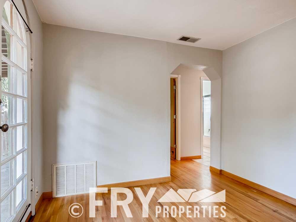 3070 W 35th Ave Denver CO-print-006-002-Living Room-3600x2400-300dpi