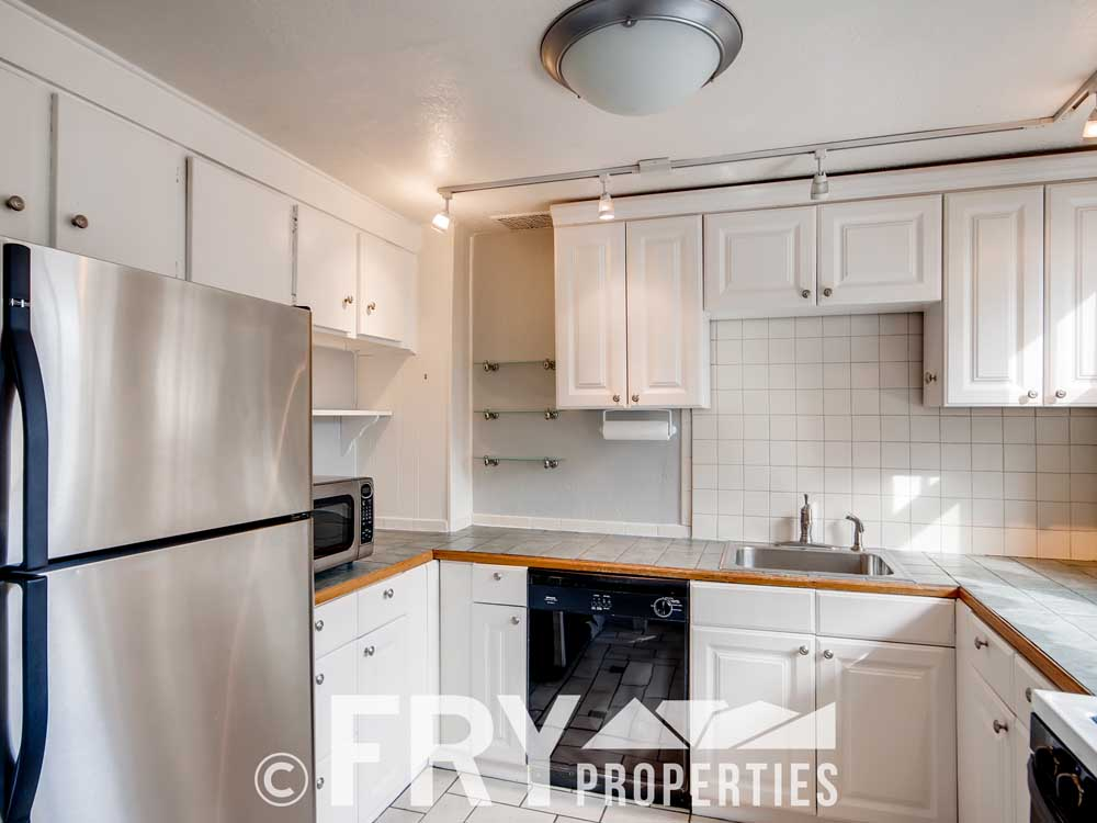 3070 W 35th Ave Denver CO-print-009-005-Kitchen-3600x2400-300dpi
