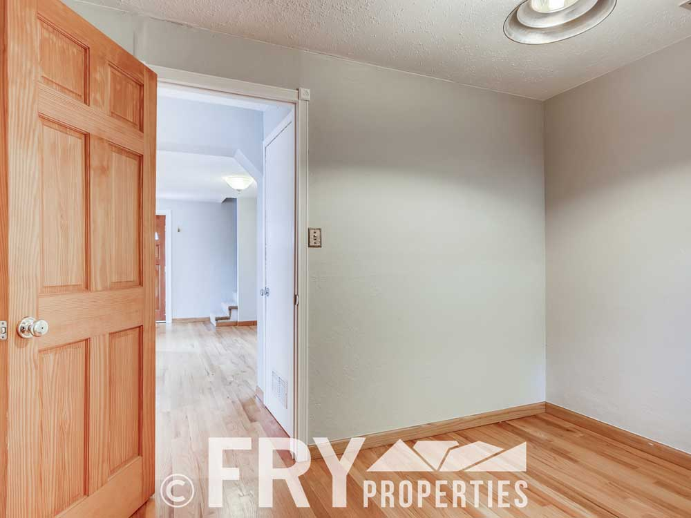 3070 W 35th Ave Denver CO-print-014-013-Office-3600x2400-300dpi