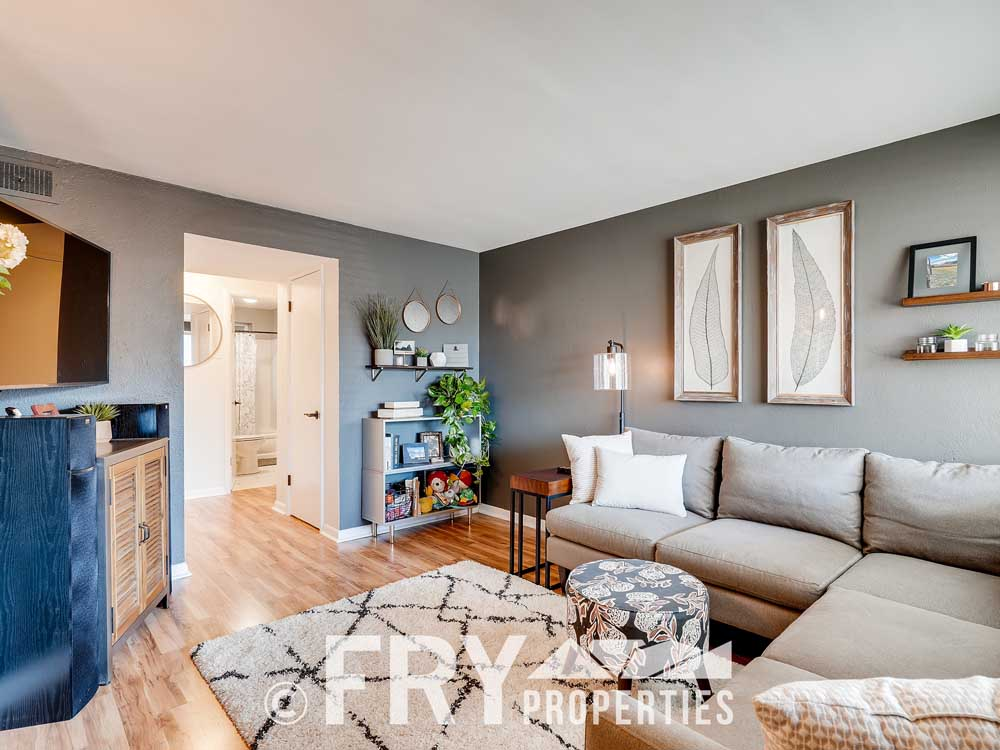 3215 Newton Denver CO 80211-print-004-002-Living Room-3600x2400-300dpi
