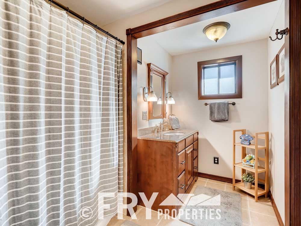 4568 Wolff St Denver CO 80212-print-018-018-Bathroom-3600x2397-300dpi