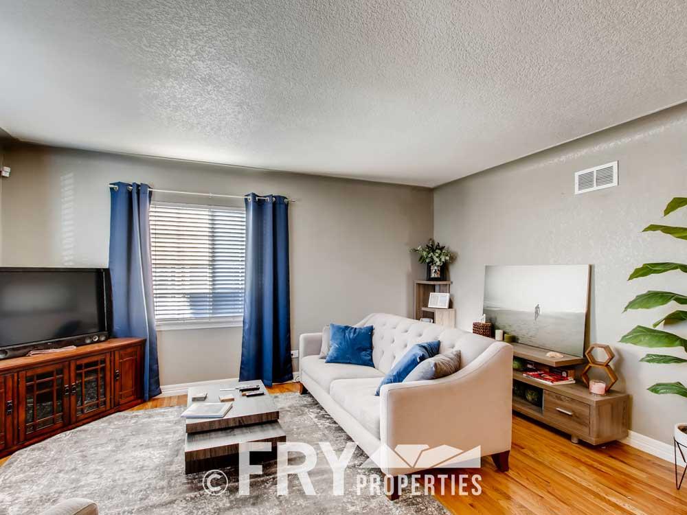 5025 Decatur St Denver CO-print-006-007-Living Room-3600x2400-300dpi
