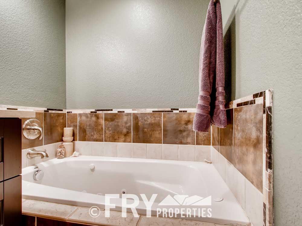 5025 Decatur St Denver CO-print-013-021-Master Bathroom-3600x2400-300dpi